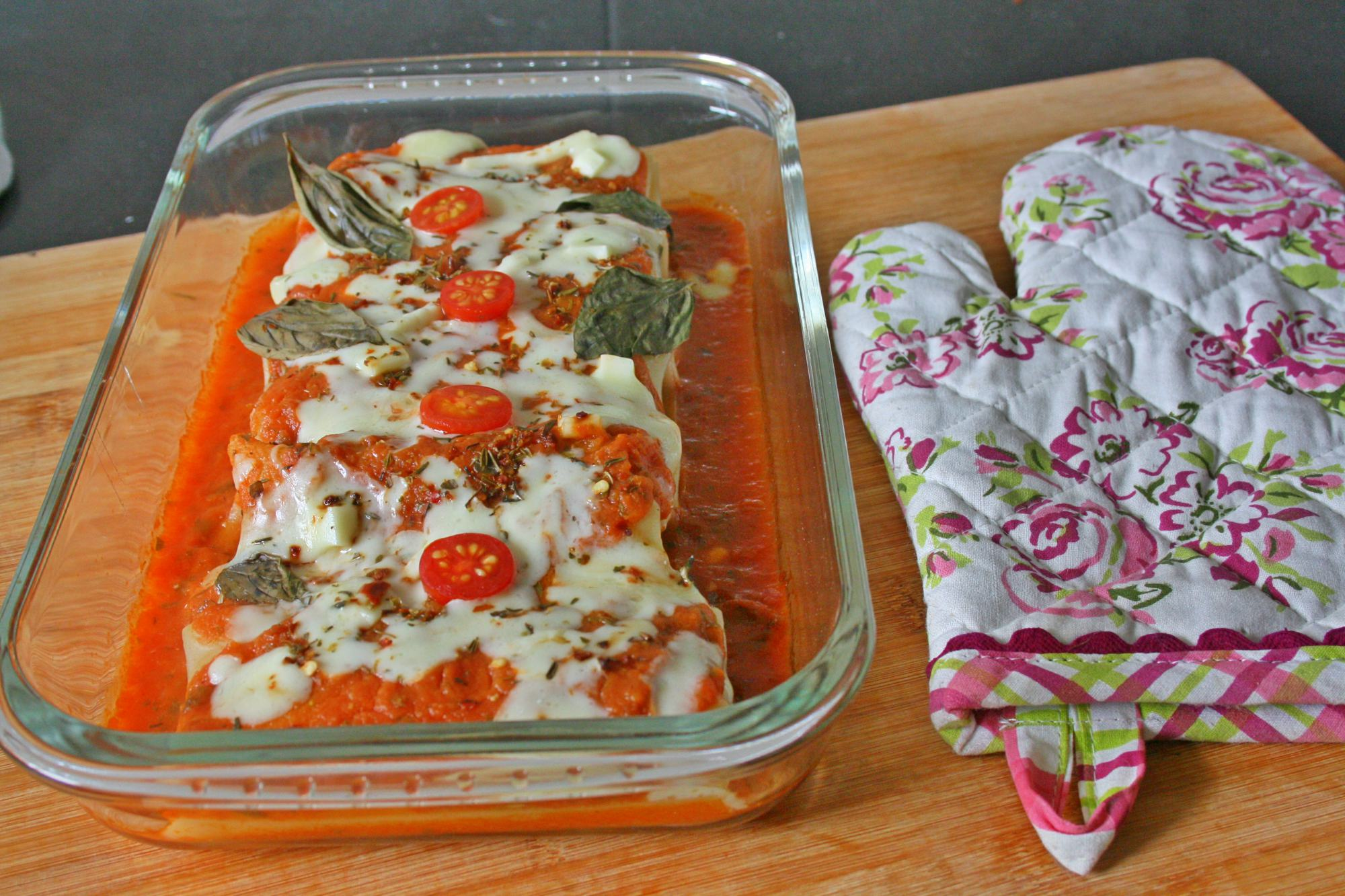 Baked Prawn Lasagna Roll Up